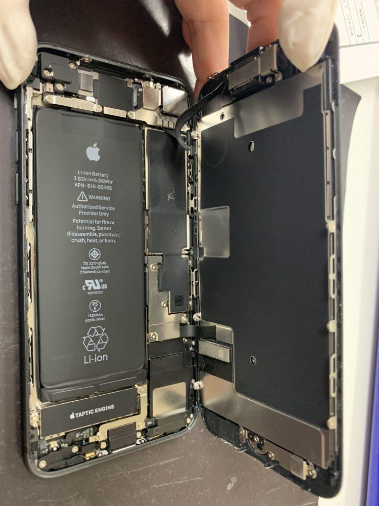 iPhone8分解