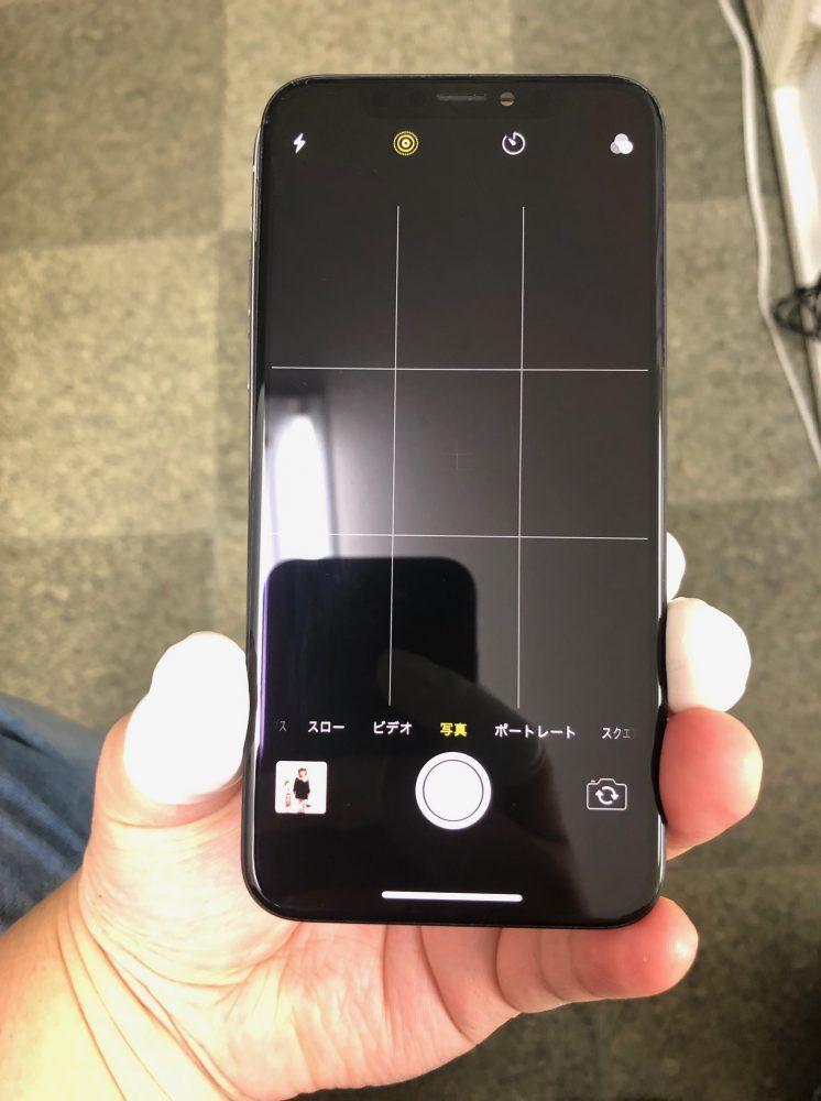 iPhoneX カメラ起動しない
