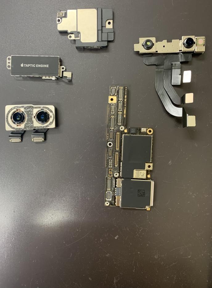 iPhoneXパーツ