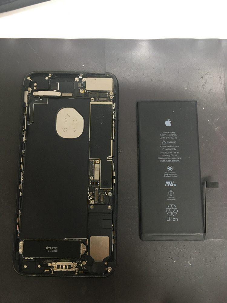 iPhone7Plus バッテリー交換 画面交換