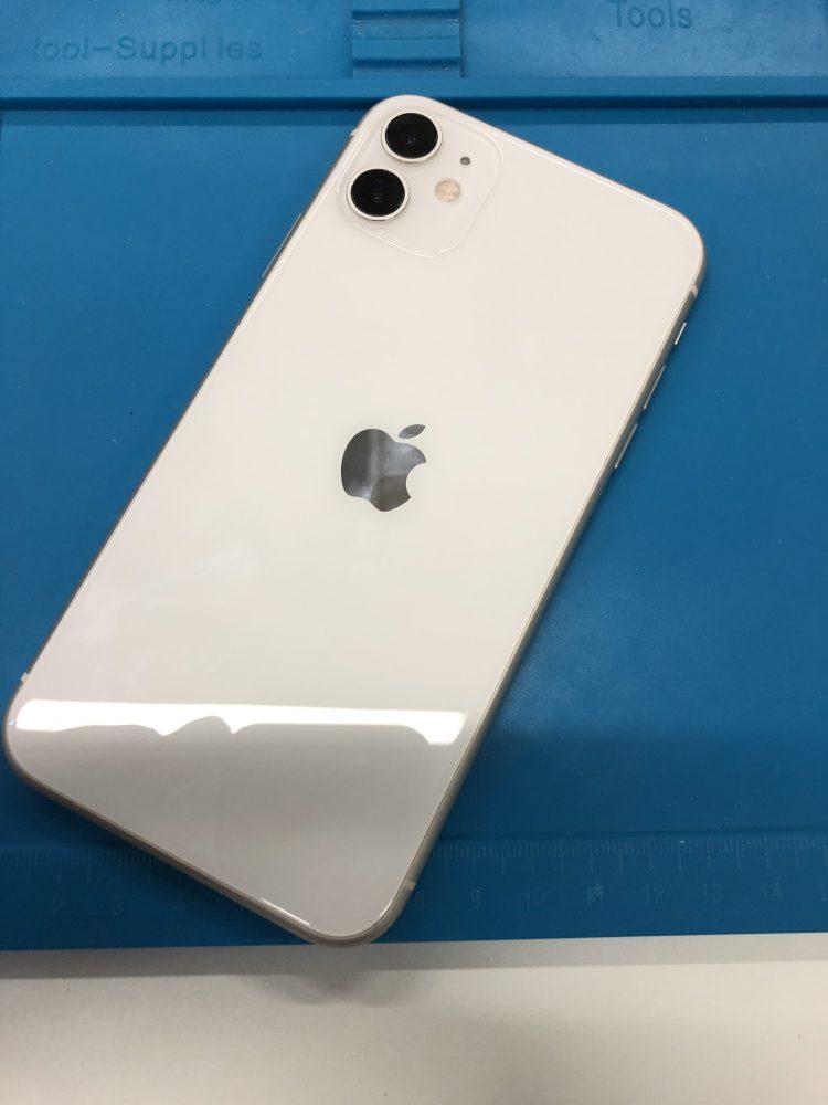 iPhone11 背面 カメラ